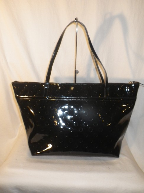 kate-spade-black-embossed-patent-leather-tote-2-0-650-650