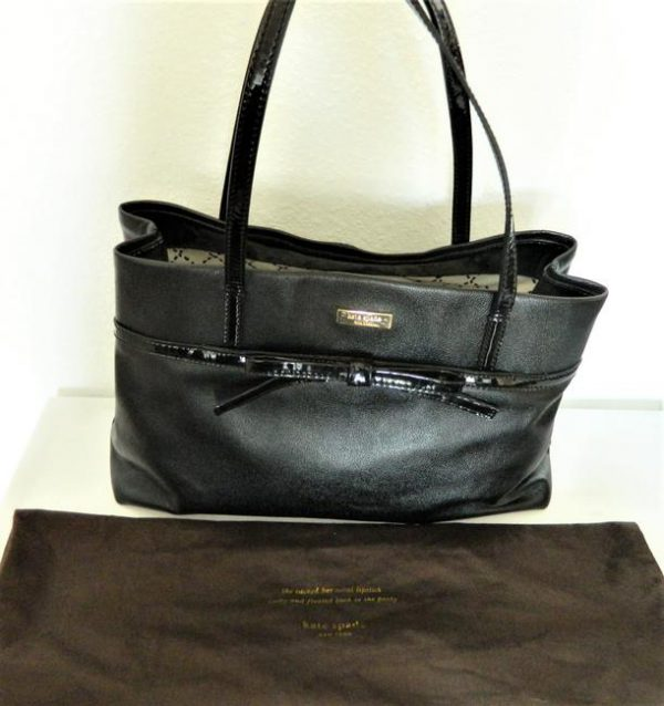 kate-spade-bow-accent-black-leather-tote-11-0-650-650