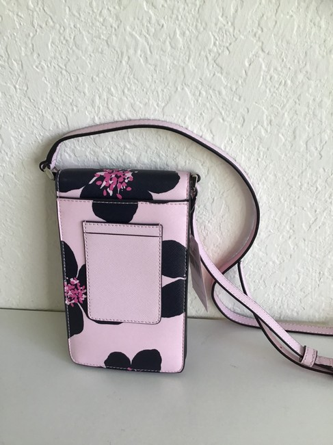 kate-spade-cameron-grand-flora-north-south-flap-phone-pink-leather-cross-body-bag-5-0-650-650