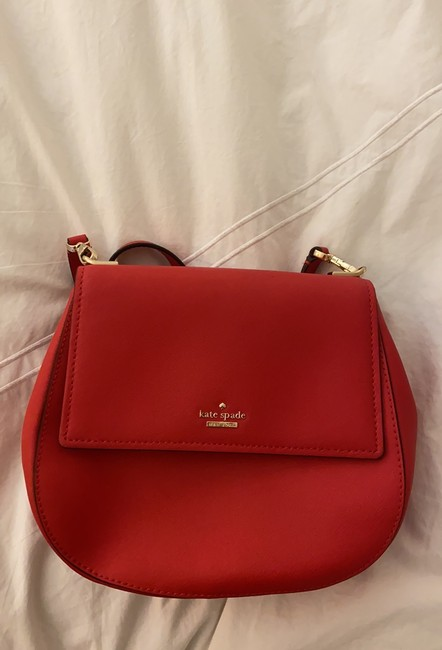 kate-spade-cameron-street-byrdie-rooster-red-crosshatched-leather-cross-body-bag-9-2-650-650