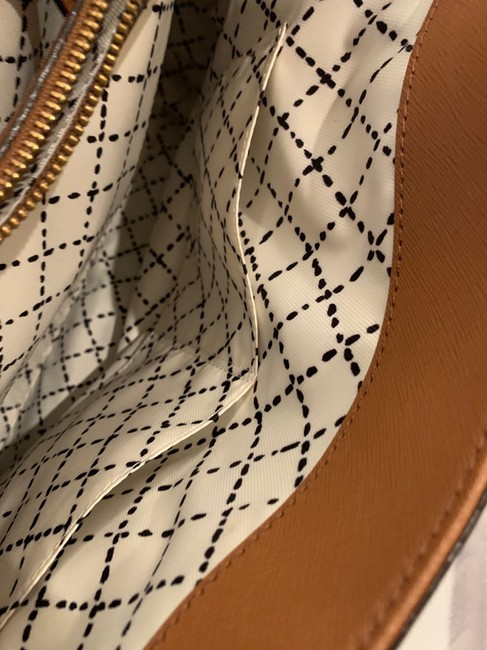 kate-spade-cognac-leather-exterior-with-fabric-lining-tote-11-0-650-650