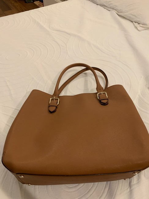 kate-spade-cognac-leather-exterior-with-fabric-lining-tote-4-0-650-650