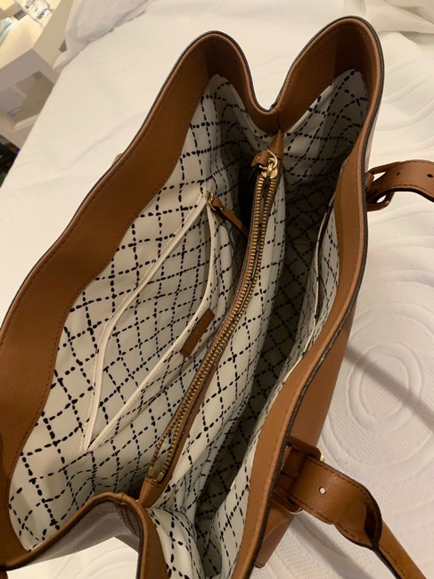 kate-spade-cognac-leather-exterior-with-fabric-lining-tote-6-0-650-650