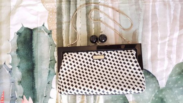 kate-spade-crossbody-and-white-weave-black-patent-leather-clutch-1-0-650-650