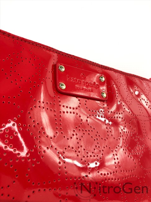 kate-spade-darby-metro-chili-red-patent-leather-cross-body-bag-6-0-650-650