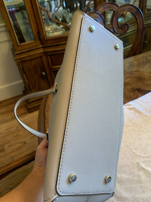kate-spade-dome-satchel-light-gray-stone-leather-tote-3-0-650-650
