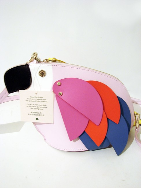 kate-spade-flock-party-parrot-multicolor-leather-cross-body-bag-4-0-650-650