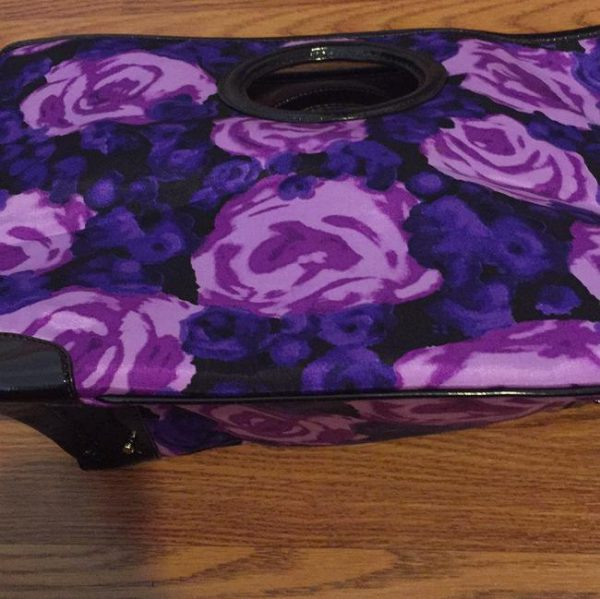 kate-spade-floral-vinyl-and-patent-leather-trim-tote-5-0-650-650