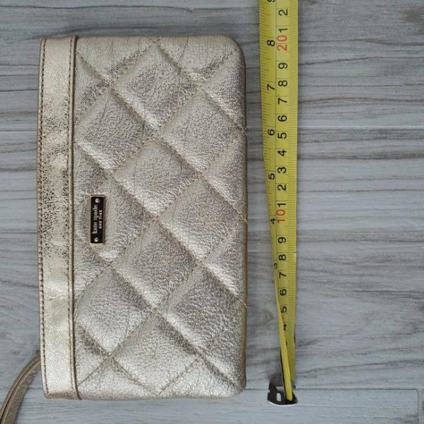 kate-spade-gold-coast-chrissy-shimmer-quilted-leather-wallet-wristlet-4-0-650-650