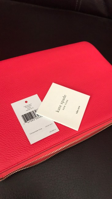 kate-spade-jackson-large-zip-pouch-wlru-6034-red-leather-clutch-5-0-650-650