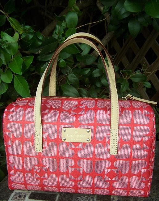 kate-spade-kaleigh-pebbled-ace-of-handbag-red-canvas-leather-satchel-2-1-650-650