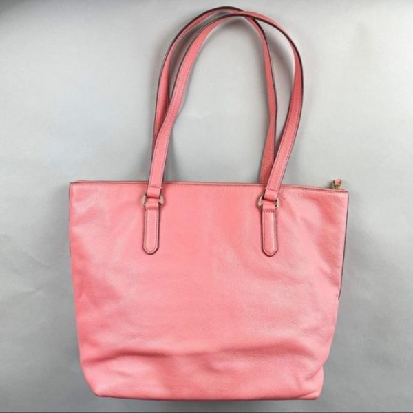 kate-spade-larchmont-ave-logo-penny-carolina-coral-pink-leather-tote-2-0-650-650