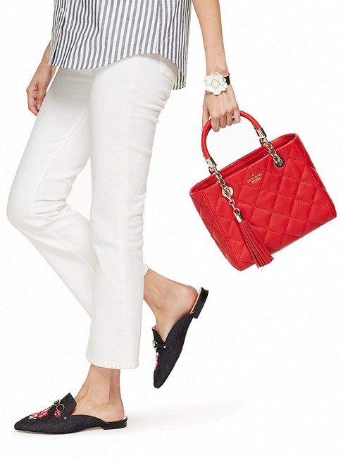 kate-spade-new-york-emerson-place-lyanna-hibiscus-red-cow-leather-satchel-2-1-650-650