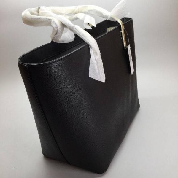 kate-spade-new-york-gallery-drive-small-harmony-black-leather-tote-4-1-650-650