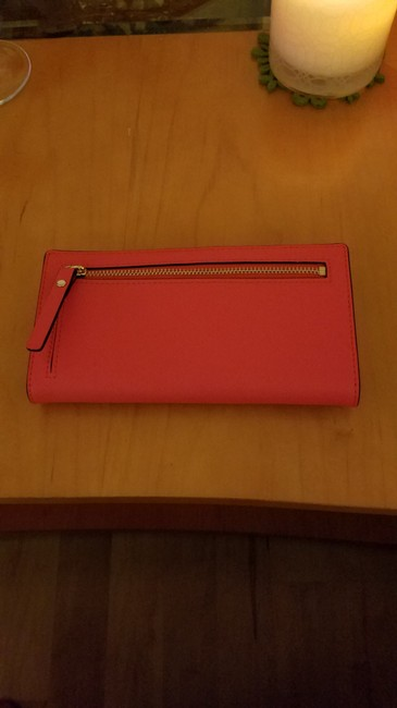 kate-spade-new-york-stacy-wallet-coral-red-saffiano-leather-clutch-2-0-650-650