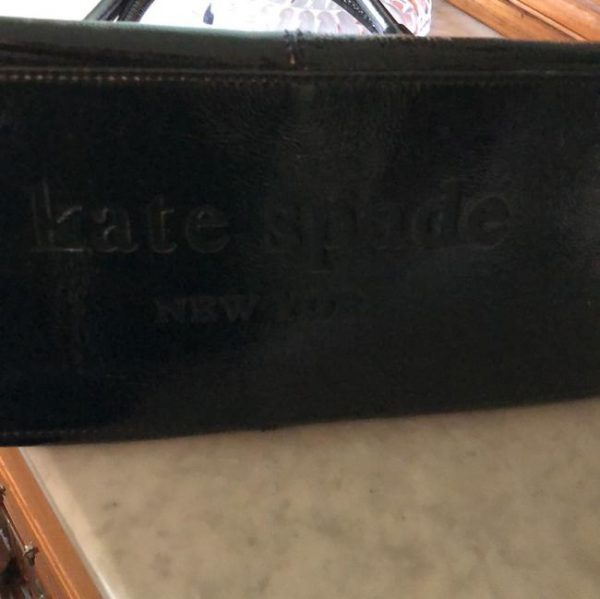 kate-spade-patent-black-leather-tote-3-0-650-650