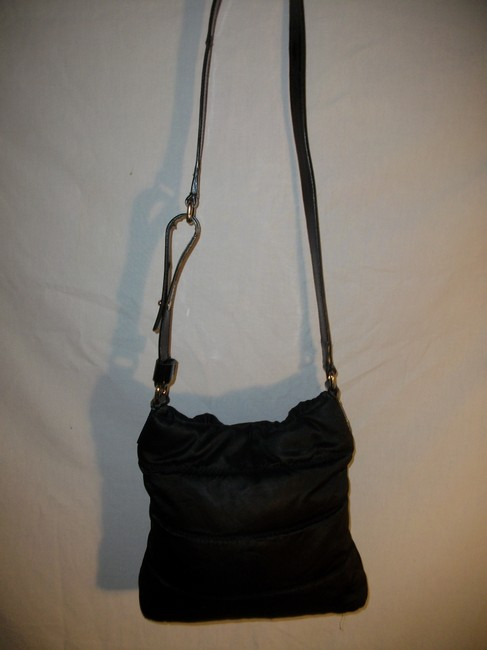 kate-spade-puffy-black-nylon-and-patent-leather-shoulder-bag-1-0-650-650
