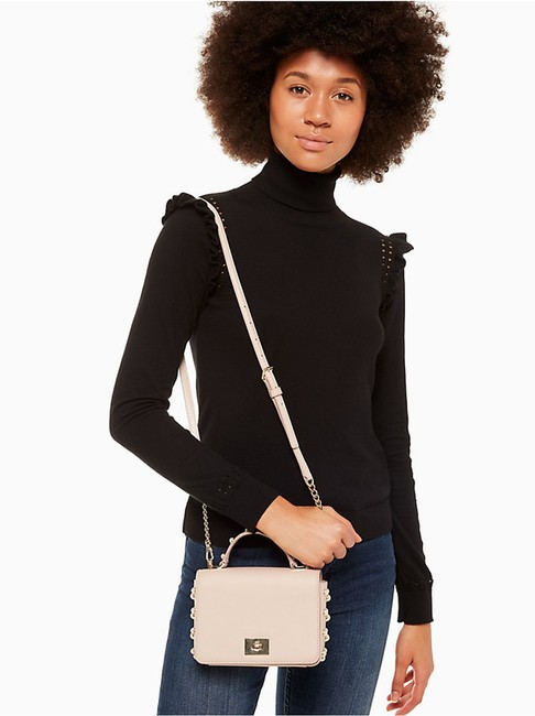 kate-spade-serrano-place-pearl-maisie-warm-beige-pebbled-leather-capital-jacquard-lining-cross-body-9-0-650-650