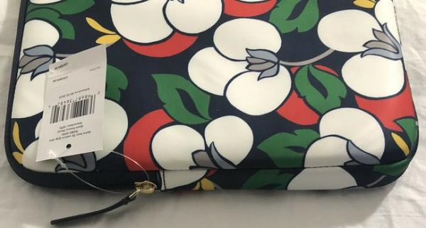 kate-spade-sleeve-case-padded-large-zip-dawn-floral-breezy-navy-multicolor-fabric-laptop-bag-4-0-650-650