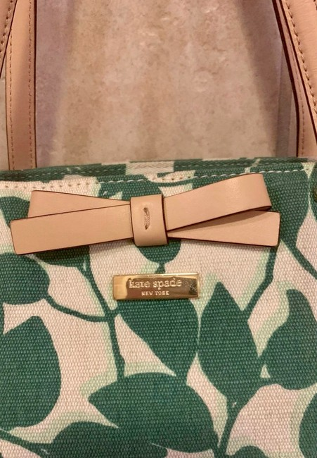 kate-spade-south-poplar-street-francis-t-cream-and-green-with-tan-leather-trim-coated-canvas-tote-2-0-650-650