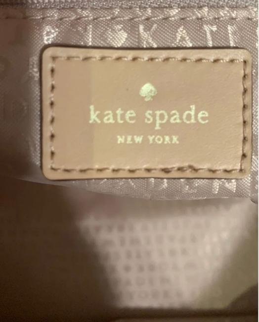 kate-spade-south-poplar-street-francis-t-cream-and-green-with-tan-leather-trim-coated-canvas-tote-5-0-650-650