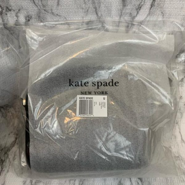 kate-spade-sylvia-extra-large-dome-black-leather-cross-body-bag-4-0-650-650