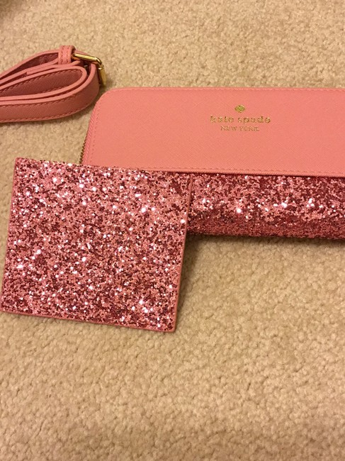 kate-spade-wallet-and-card-holder-pink-with-glitter-trim-leather-like-material-hobo-bag-3-0-650-650