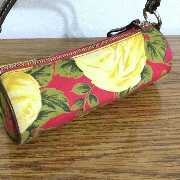 kate-spade-yellow-roses-lipstick-demi-red-cotton-blend-baguette-7-0-650-650