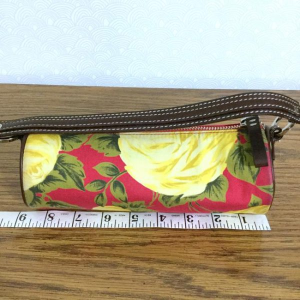 kate-spade-yellow-roses-lipstick-demi-red-cotton-blend-baguette-9-0-650-650