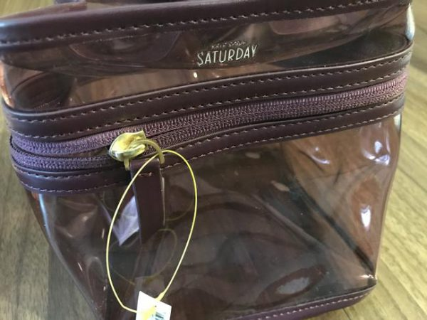 square-cosmetic-clear-plastic-weekendtravel-bag-1-0-650-650